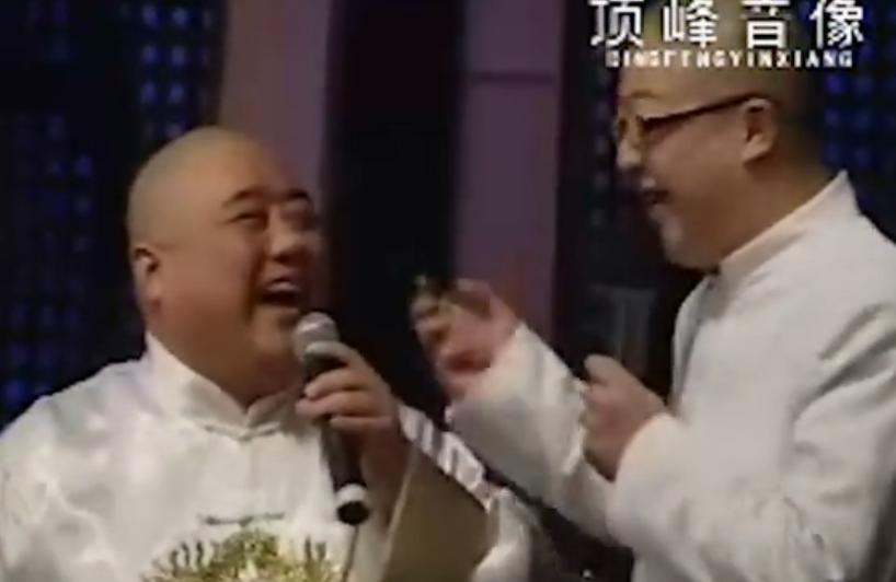 最新爽爽武汉蓝天歌剧院现场调侃小品