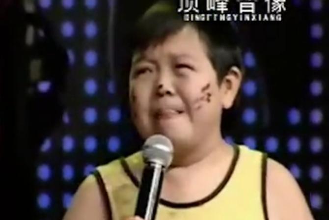 武汉蓝天歌剧院:搞笑调侃现场小品
